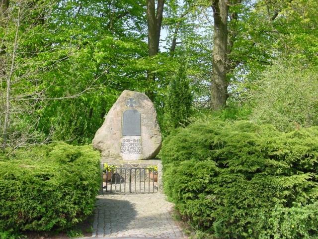 Gedenkstein 2002